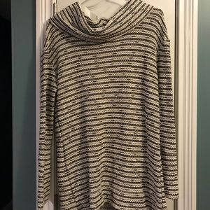 NWT Merona Cowl Neck Sweater tan/Black